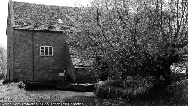 Ascott Under Wychwood, Langley Mill 1952