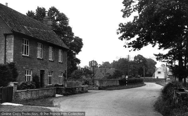 Ascott Under Wychwood, The Village 1950