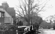 Ash, Horse And Cart 1905