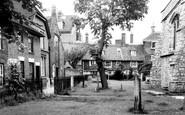 Ashford, The Churchyard c.1965