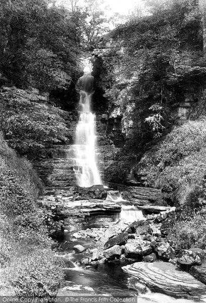 Askrigg, Mill Gill Foss 1896