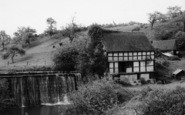 Example photo of Astley Burf