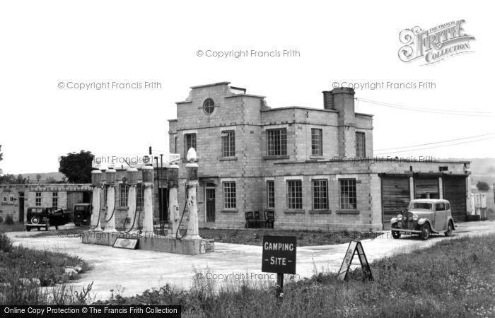 Avebury, Rawlin's Garage And Roadhouse c.1945