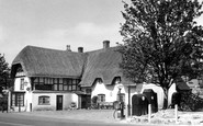 Avebury, The Red Lion Inn c.1955
