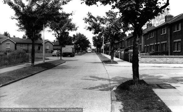 Aveley, Dacre Avenue c.1960