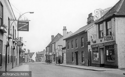 Aveley, High Street c1952