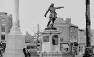 Aylesbury, The War Memorial And John Hampden Statue c.1955