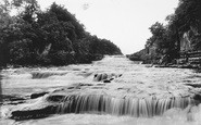 Aysgarth, Lower Falls 1909