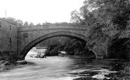 Aysgarth, The Bridge And Upper Fall 1909