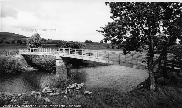 Aysgarth, The New Bridge c.1965