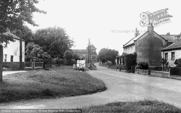 Aysgarth, The Village, West End c.1960