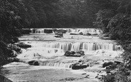 Aysgarth, Upper Falls 1924