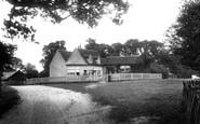 Baddow, Rodney 1903