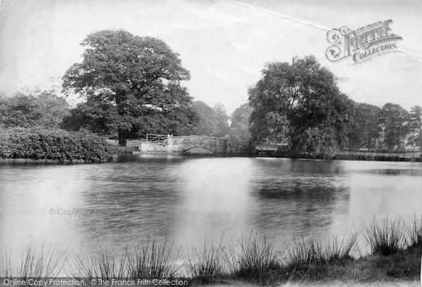 Bagshot, Park, Lake And Bridge 1907