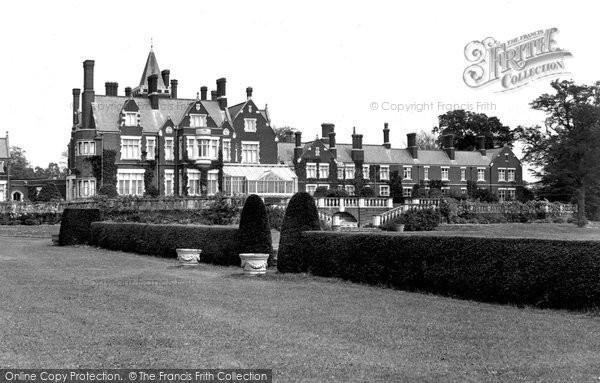 Bagshot, The Park 1927