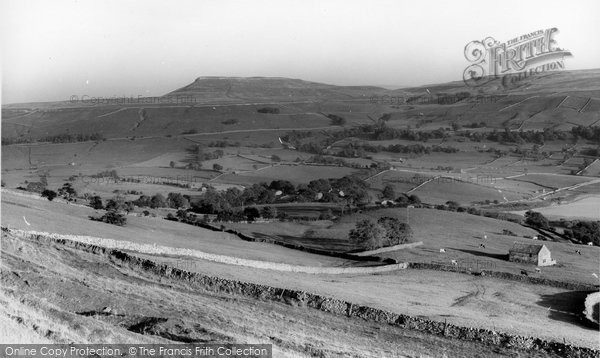 Bainbridge, Addlebrough From Nichol's Rigg c.1960