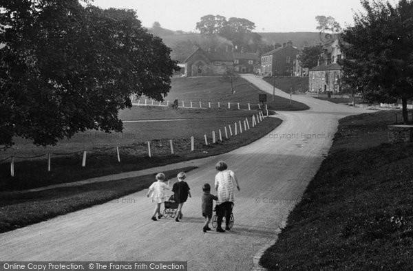 Bainbridge, Children In The Village 1929