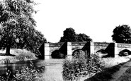 Bakewell, River Wye And Bridge c.1955