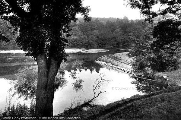 Bakewell, View On The Wye Near Ashford Hall 1914