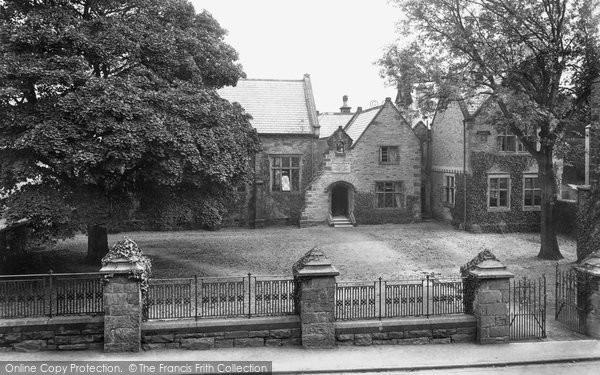 Bala, Boy's County School 1913