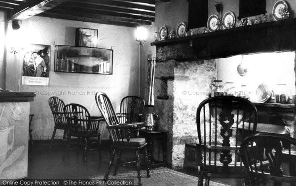 Bala, The White Lion Hotel, The Fish Room Bar 1958