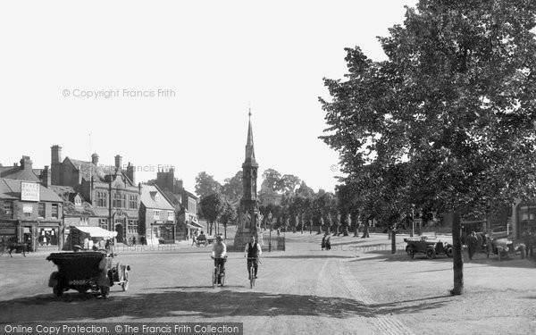 Banbury, Cross 1921