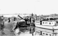 Banbury, the Canal c1965