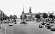Banbury, The Cross And Horse Fair c.1960