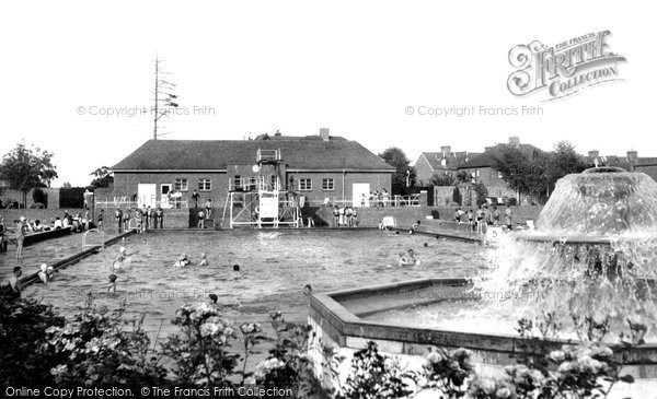 Photo of Banbury, the Swimming Pool c1955