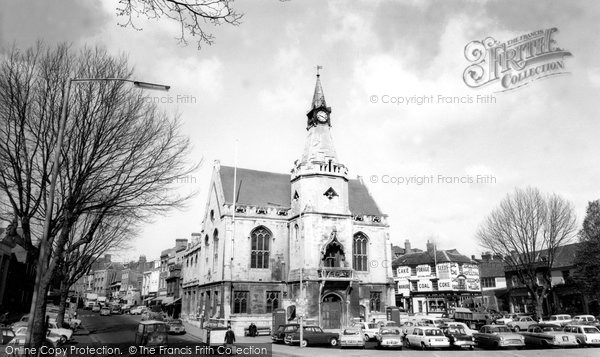 Banbury, Town Hall c.1965