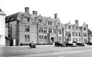 Banbury, Whately Hall Hotel c.1955