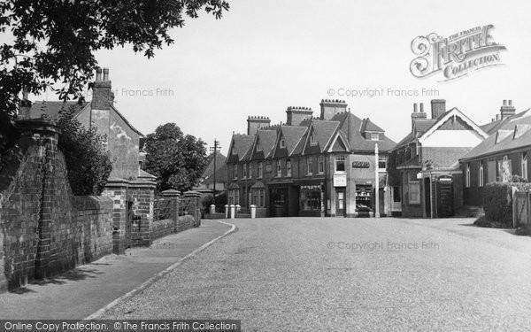 Barcombe, High Street c.1950