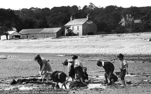Bardsea, Children On The Beach 1895