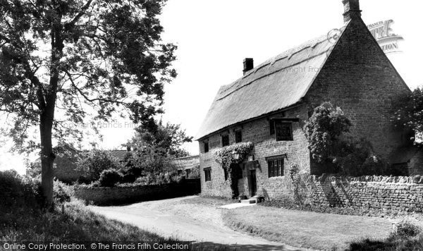 Barford St Michael, George Inn c.1960