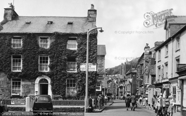 Barmouth, Church Street c.1960