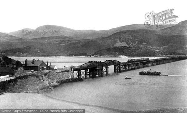 Barmouth, Railway Bridge And Cader Idris 1908