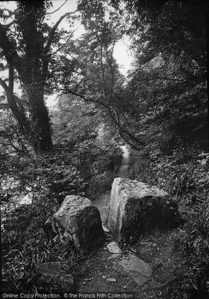 Barnard Castle, Flatts Wood, The Wishing Stones 1914