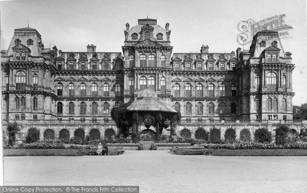 Barnard Castle, The Bowes Meseum c.1930