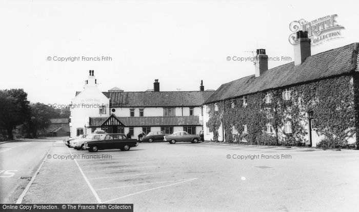 Barnby Moor, Ye Olde Bell Hotel c.1965