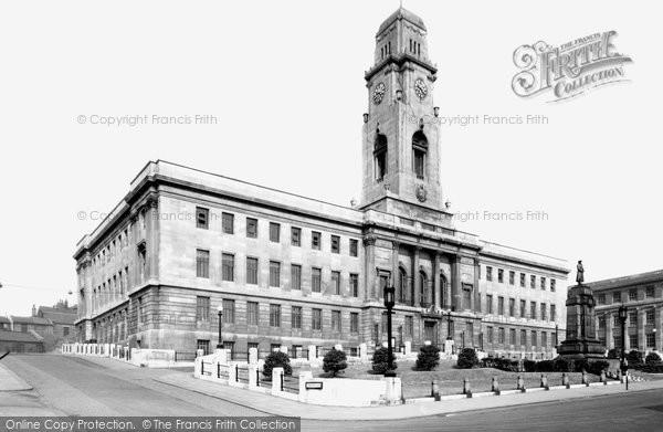 Barnsley, The Town Hall c.1955