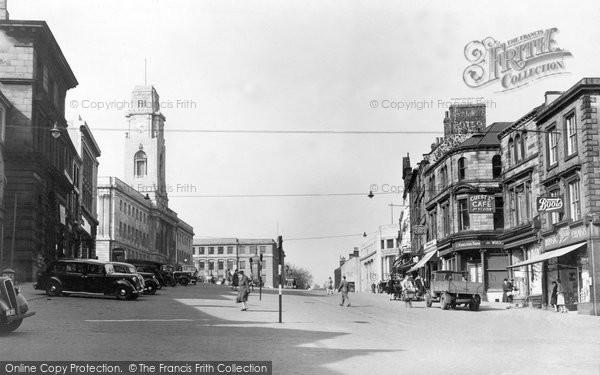 Barnsley, Town Hall c.1948