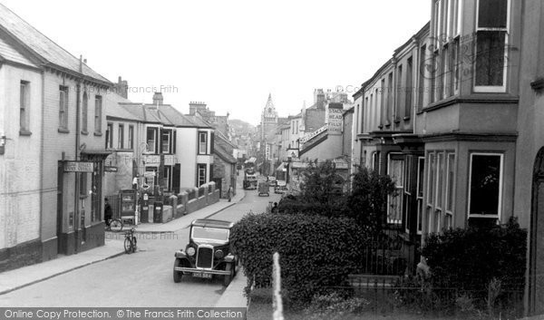 Photo of Barnstaple, Bear Street and Post Office c1940