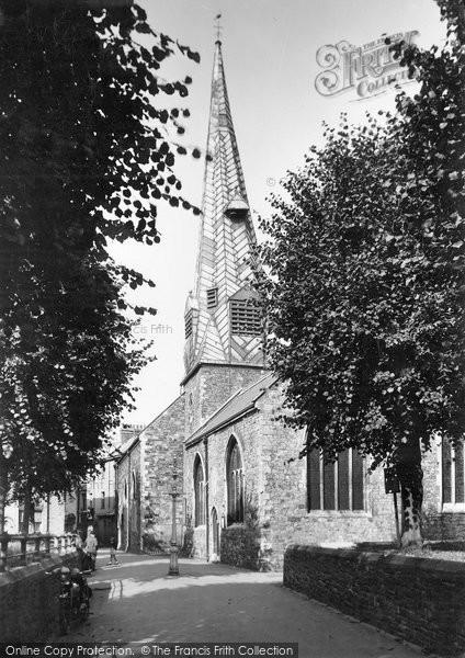 Barnstaple, Parish Church With Crooked Spire c.1955