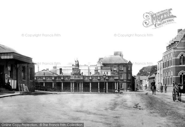Barnstaple, Queen Anne's Statue And Station 1890