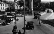 Barnstaple, Signpost In The Square 1929
