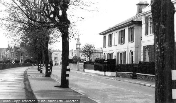 Barnstaple, The Embankment c.1950