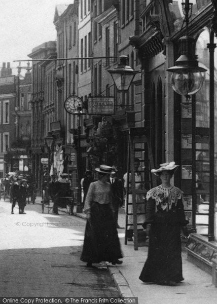 Barnstaple, Women In The High Street 1903