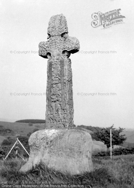 Barochan Cross, 1960
