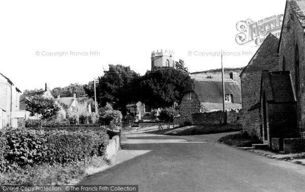 Barrington, Chapel And Church c.1960