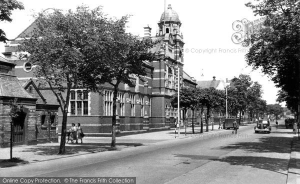 Barrow In Furness, Abbey Road And Technical College c.1950